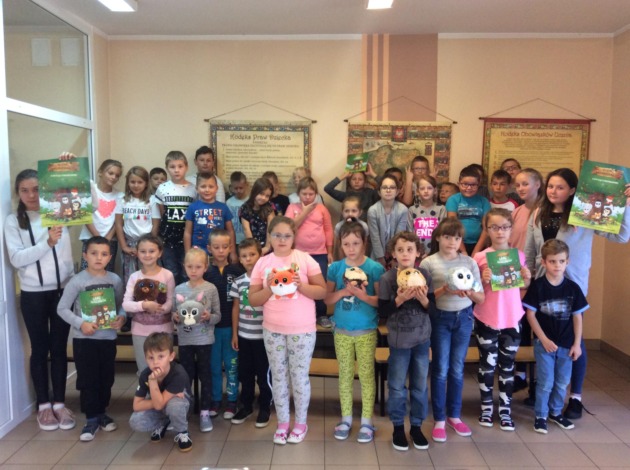 2daefe8883 W dniu 28 września w naszej szkole obchodzono Ogólnopolski Dzień Głośnego  ...